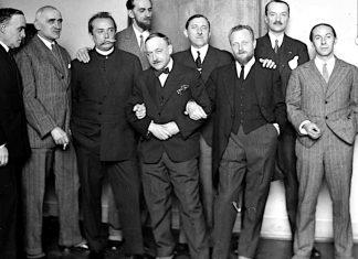 Henryk Gotlib - pierwszy z prawej